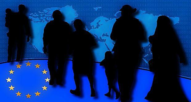 refugees-1156245_1280.jpg