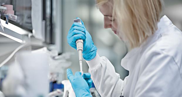 """Cancro al colon-retto: la scoperta che facilita l'inibizione del gene """"incurabile"""""""