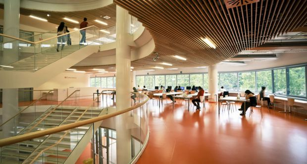 Studenti CLE Biblioteca Bobbio ph Michele D'Ottavio.jpg